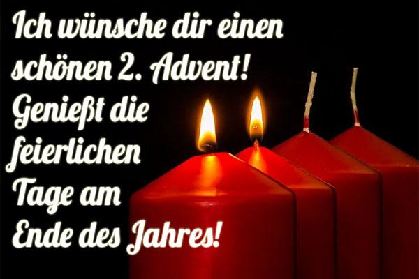 2 brennende Kerzen